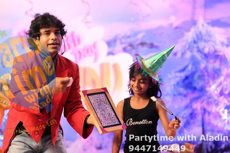 Birthday party magician Cochin
